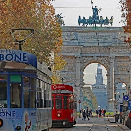 Fahrt mit der historischen Tram durch Mailand