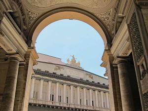 Neapel, Teatro San Carlo